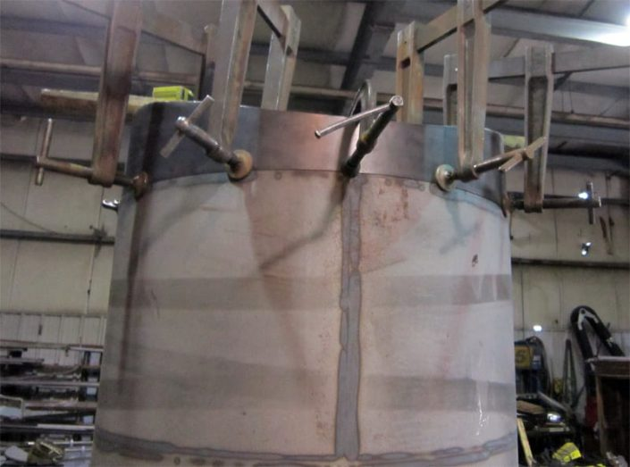 clamping of submarine sail flange for welding